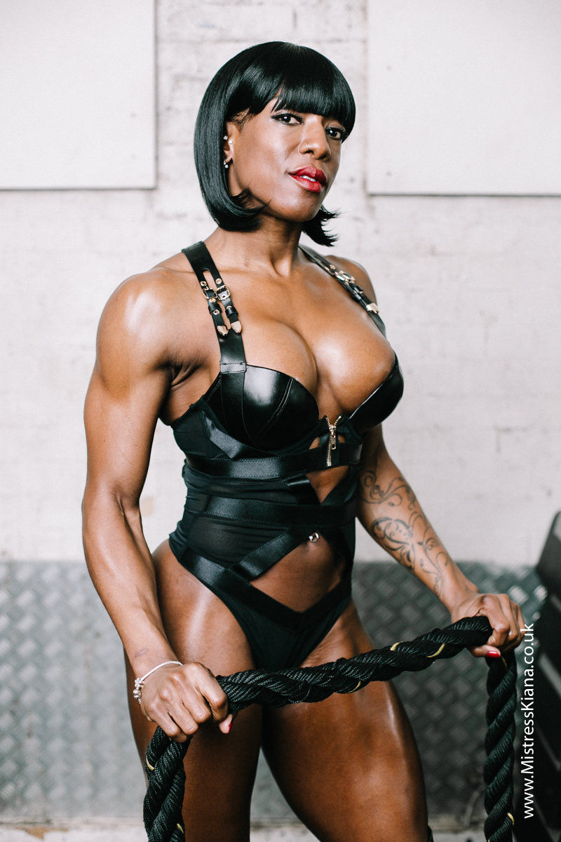 Mistress Kiana