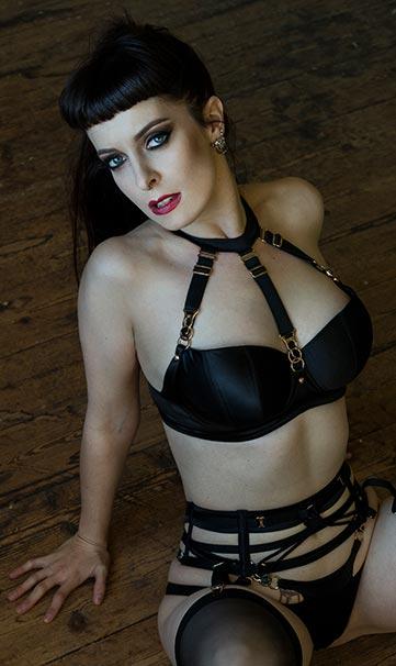Mistress Elita Darling