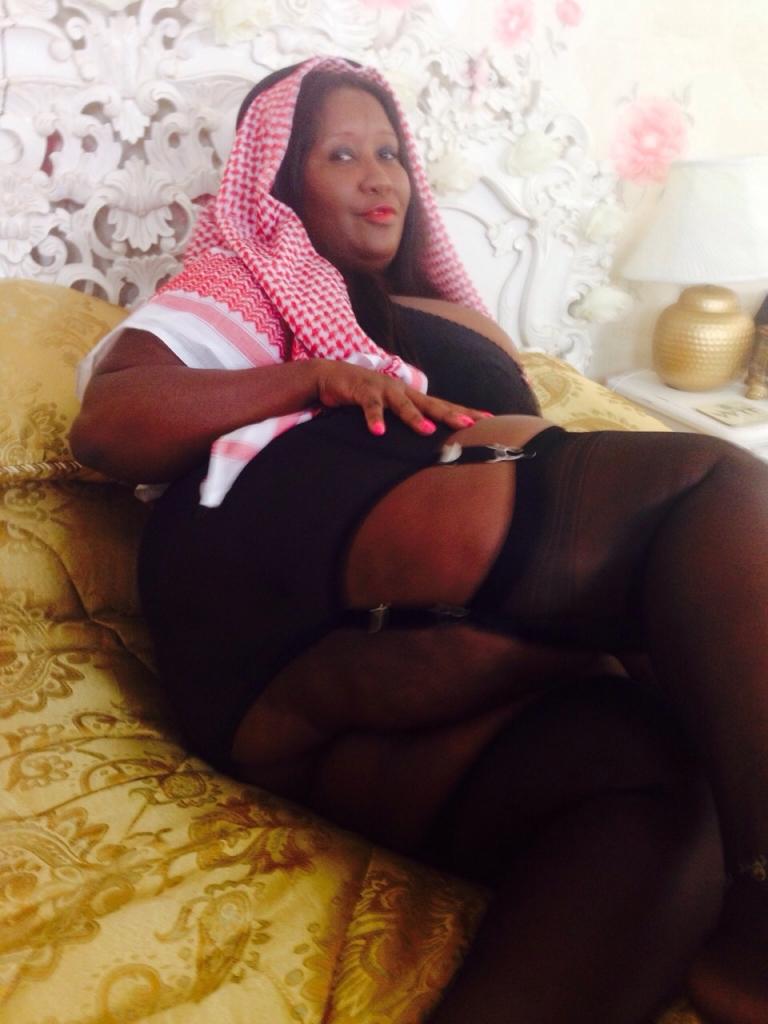Black bbw maids nudes